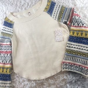 🎉NWT- FREE PEOPLE- CROPPED THERMAL/SWEATER  💙